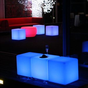 LED Cubes Mona