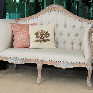 FrenchStyle2Seater with3legs