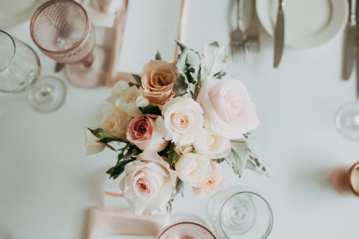 21 Fabulous Ways To Use Flowers On Your Wedding Day With 7 Extra Tips
